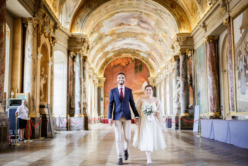 Arrivée des mariés à la mairie du Capitole