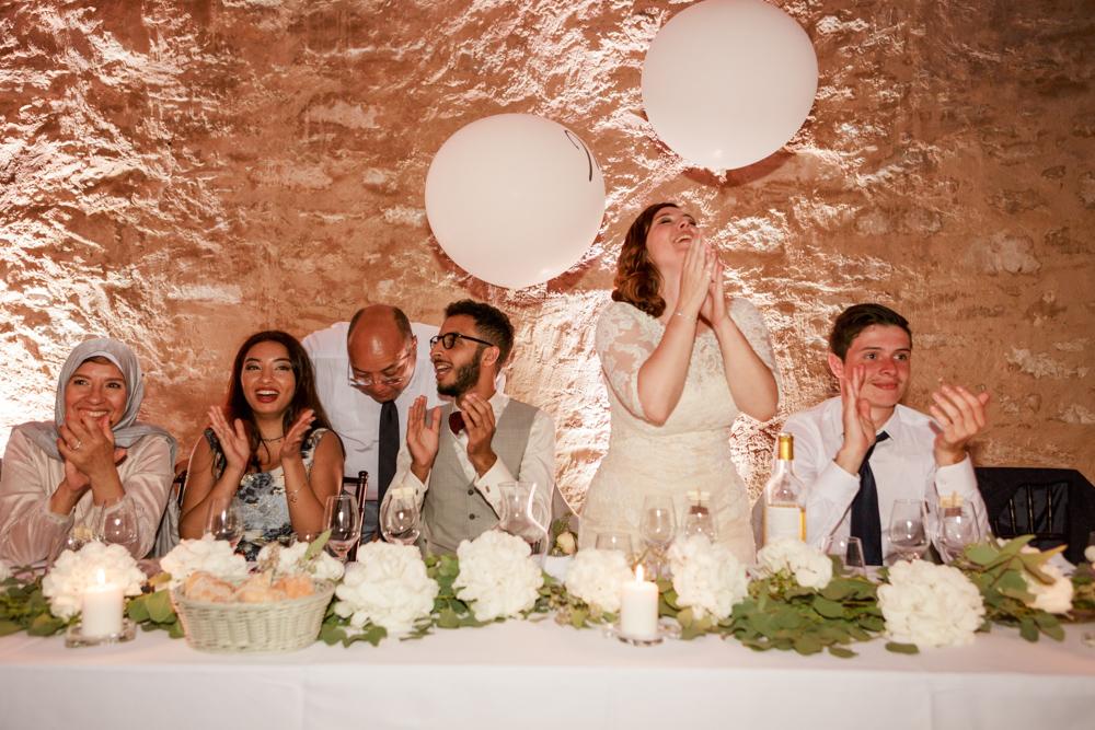 Émotion pendant les discours de mariage